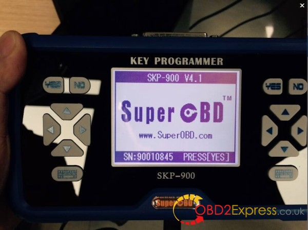 SuperOBD SKP-900 V4.1 display
