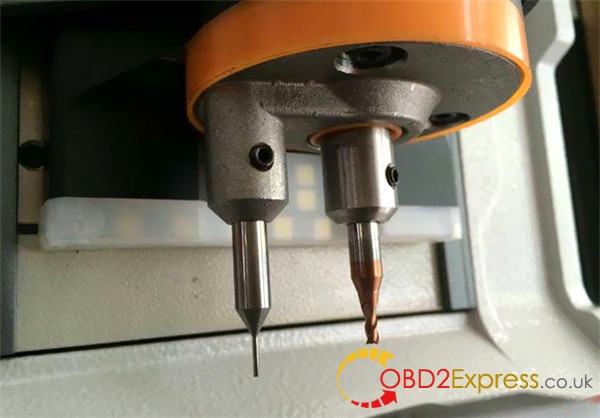 ikeycutter-condor-xc-mini-master-series-automatic-key-cutting-machine-2