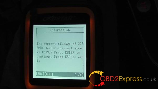 Audi-Q5-odometer-correction-by-OBDSTAR-X300M-(12)