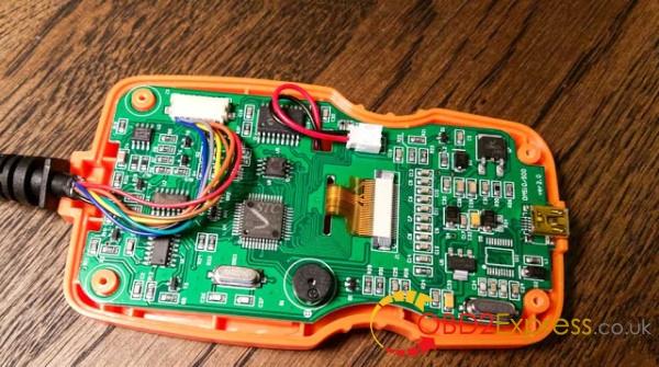 OM123-OBDII-EOBD-code-reader-3