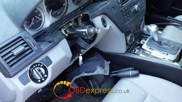 mercedes-w204-steering-lock-replacement-(5)