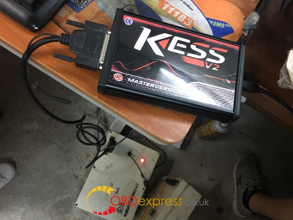 Kess-5017-read-write-bmw-msv80- (17)
