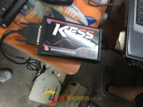 Kess-5017-read-write-bmw-msv80- (4)