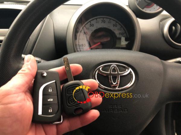 KD900-remote-maker-toyota