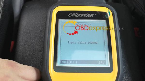 obdstar-x300m-on-2012-land-rover-discovery-4-obd-cluster-calibration-11
