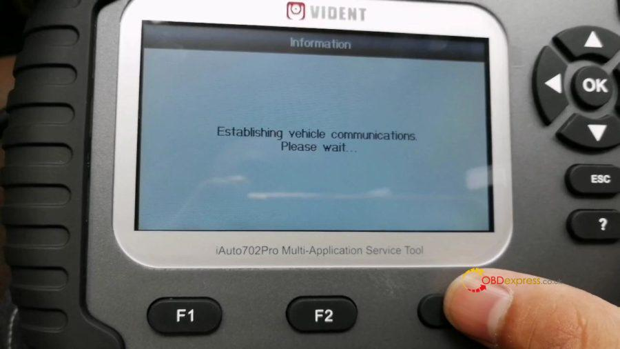 vident-iauto702-pro-done-epb-for-mercedes-2018-e-class-15
