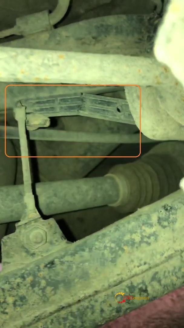 launch x431 v fix range rover air suspension problem 03 - Launch X431 V+ troubleshoot Range Rover air suspension problem