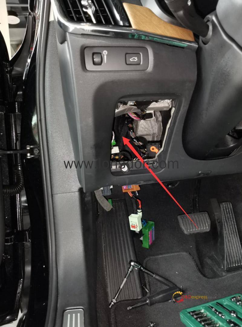 lonsdor k518 volvo key programming 03 - Where is CEM located on new Volvo models for Lonsdor K518? -