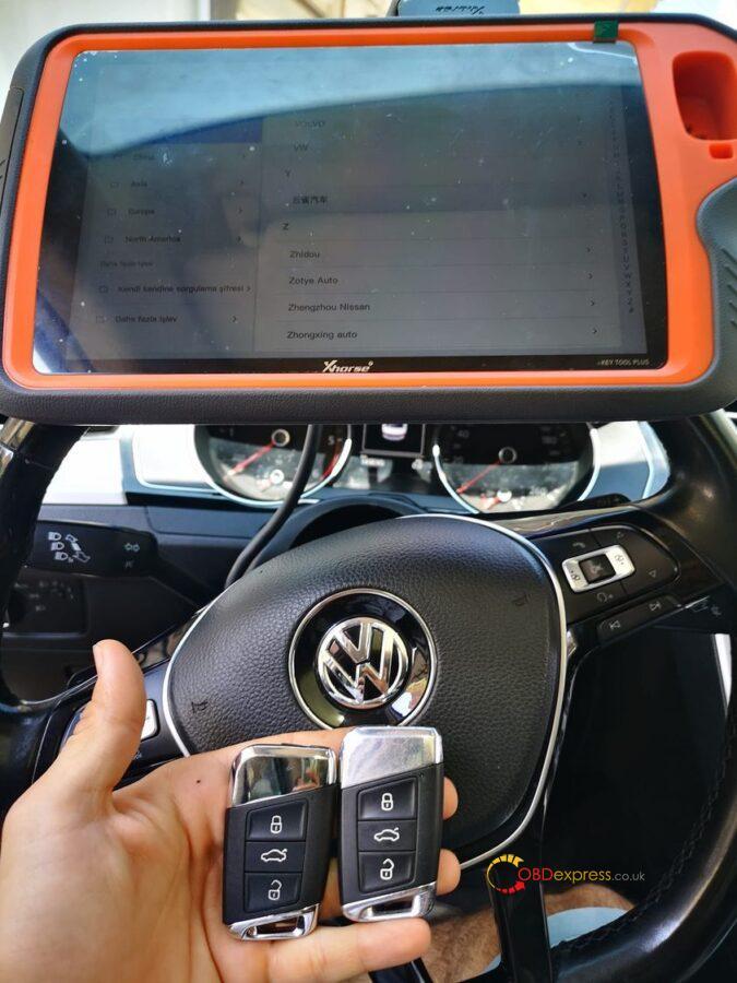 vvdi key tool plus volkswagen passat 2016 add key 675x900 - Xhorse VVDI Key Tool Plus Volkswagen Passat 2016 add key - Xhorse VVDI Key Tool Plus Volkswagen Passat 2016 add key